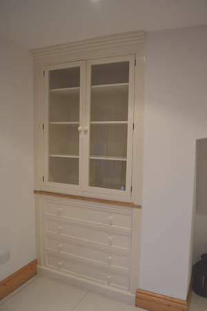 Fitted Alcove Unit With Drawers