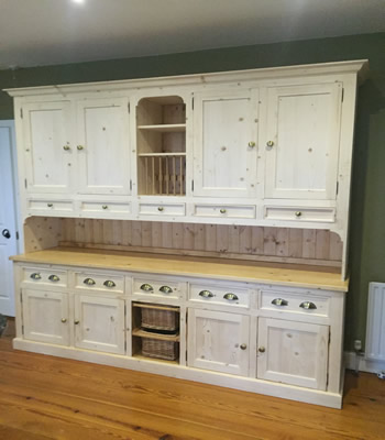 Large Pine Kitchen Dresser Display WIth Centre Baskets