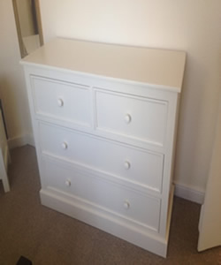 Made to measure chest of drawers