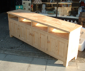 TV unit made to measure
