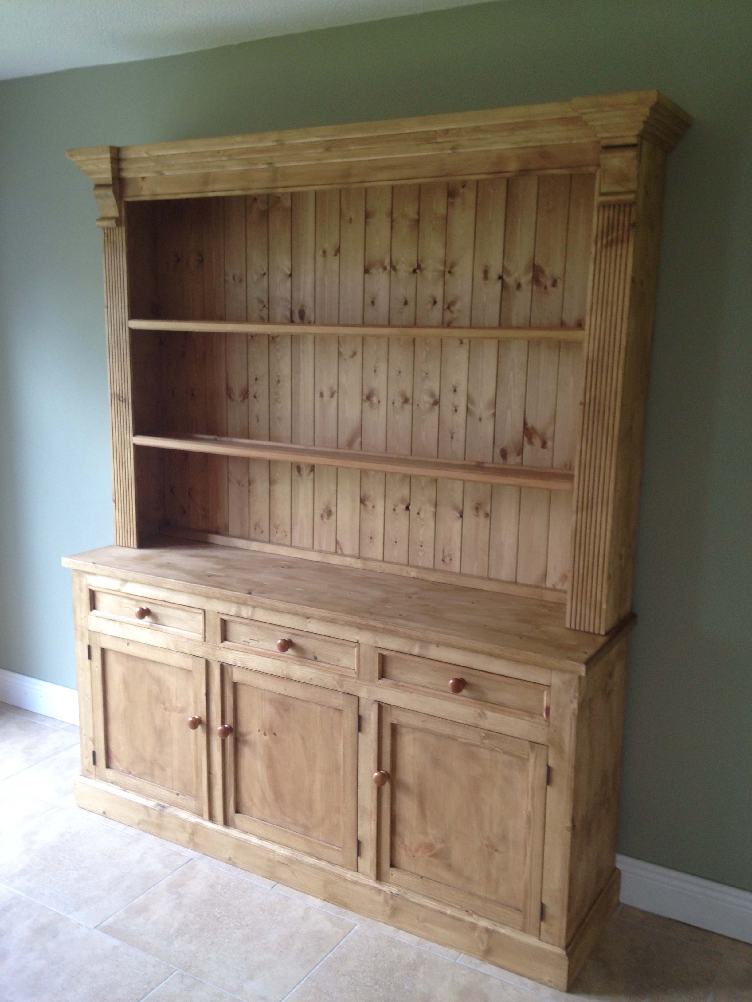 Irish made pine furniture any design and finish we can for Traditional kitchen dresser