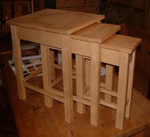 Nest of tables made to measure